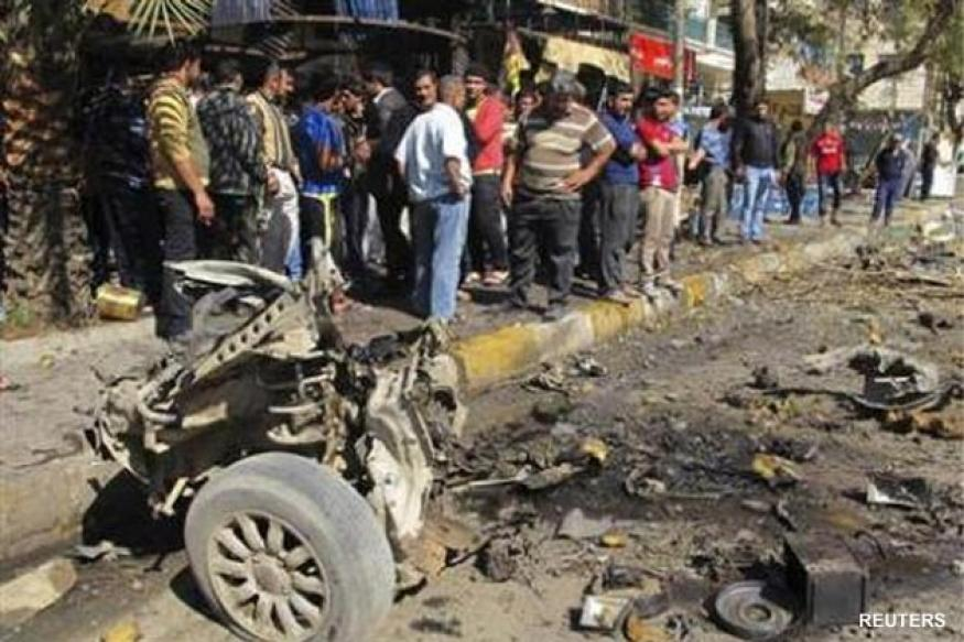 Blasts hit Shiite districts in Baghdad, killing 28