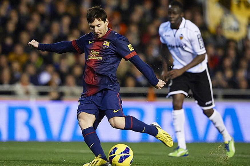 Messi gives Barcelona 1-1 draw at Valencia