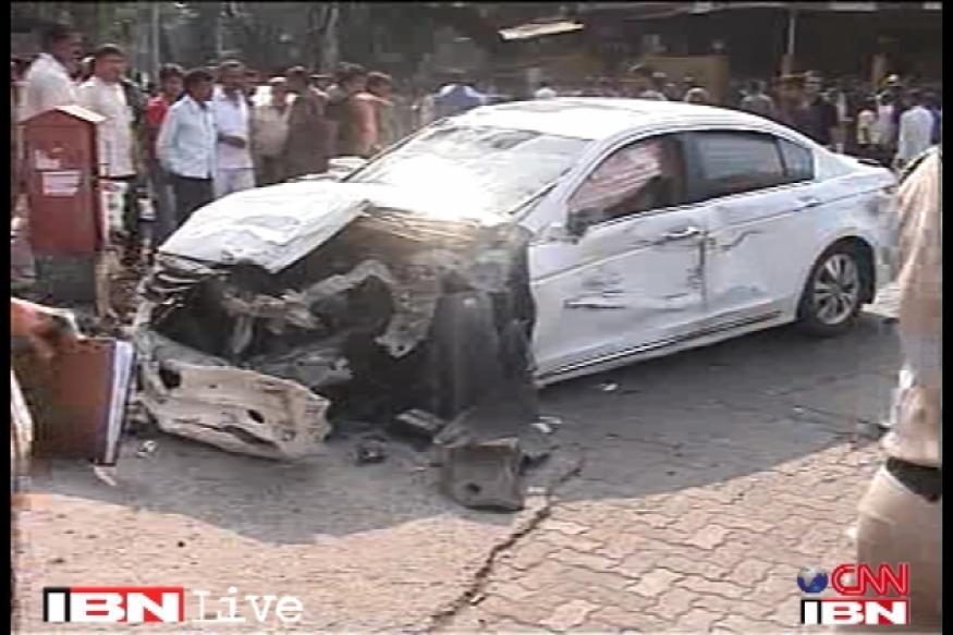 Mumbai: Car runs over several people; 5 dead