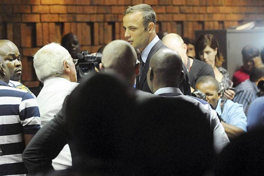 Oscar Pistorius' agent begins canceling races