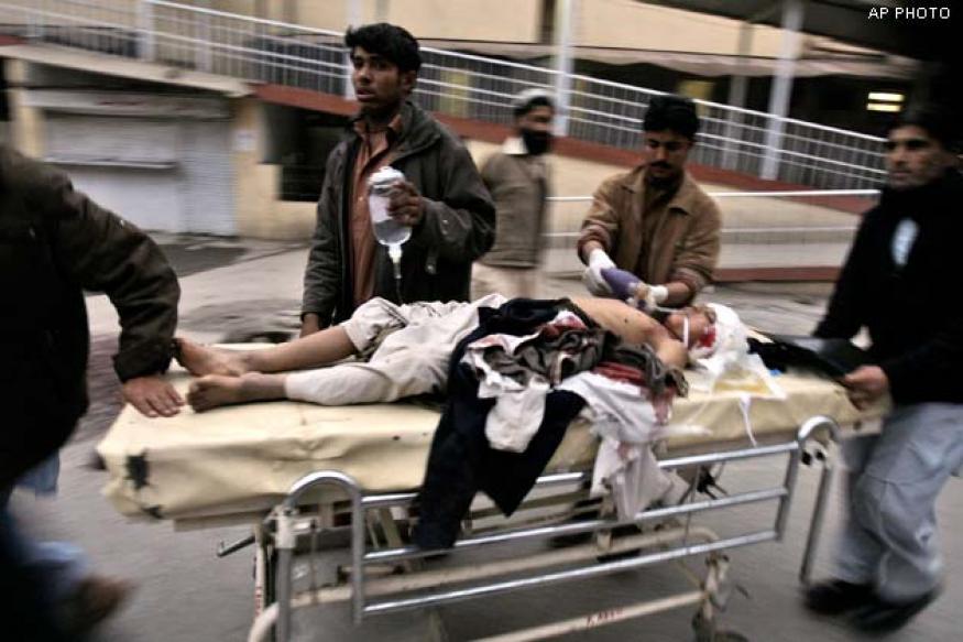 Pakistan: 23 killed in blast outside Shia mosque