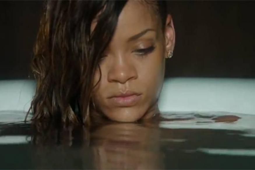 Rihanna gets restraining order against intruder