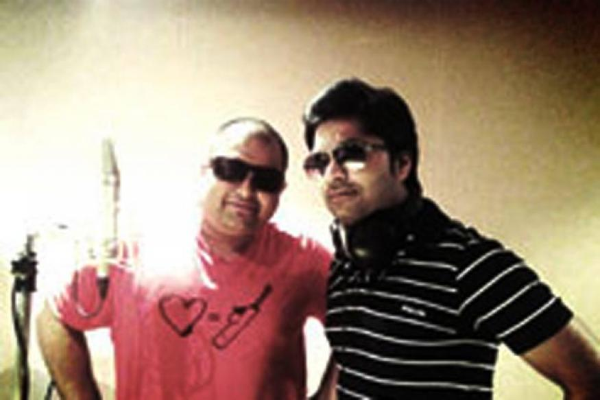 Tamil actor Simbu lends his voice for 'Baadshah'
