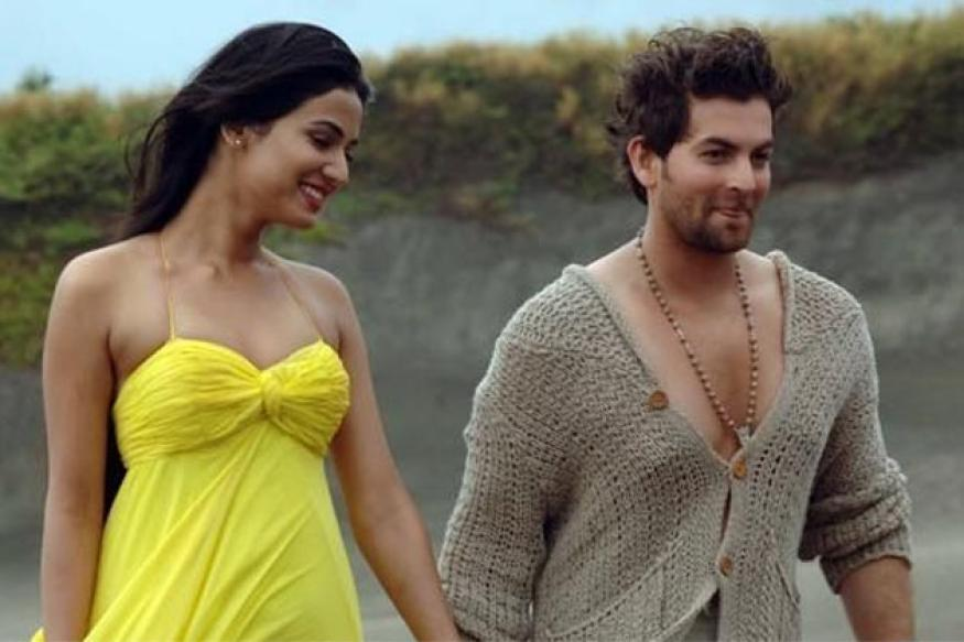 Only three, not 30 kissing scenes in '3G': Neil Nitin Mukesh