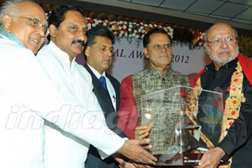 Veteran director Shyam Benegal receives the ANR Award