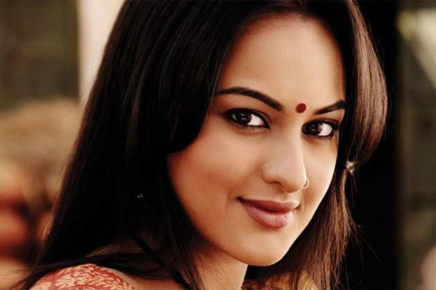 Sonakshi Sinha to make a Telugu debut