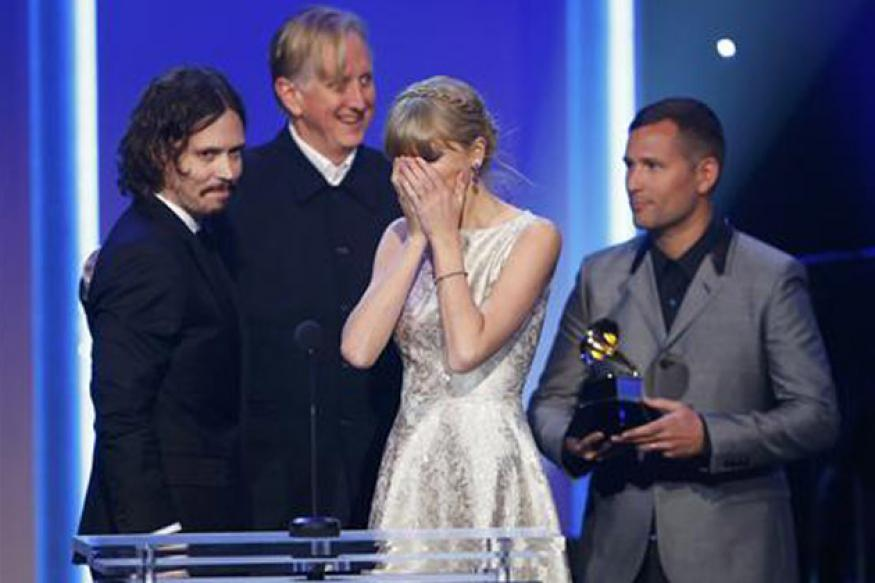 Taylor Swift, Beyonce win early Grammy awards