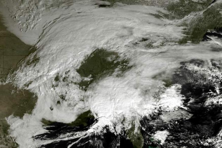 US: Blizzard threatens northeastern coast