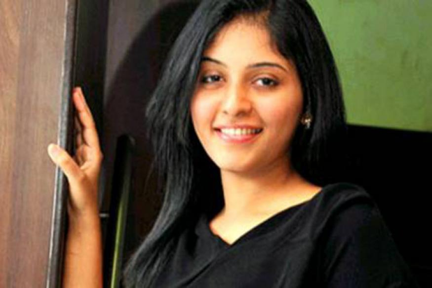Tamil actress Anjali to star in remake of 'Bol Bachchan'