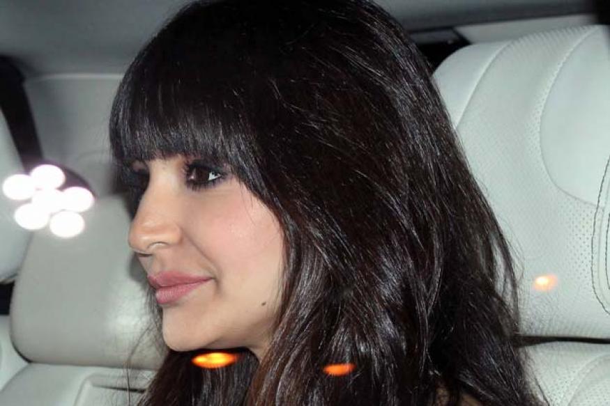 Snapshot: Whoa! Anushka Sharma got a new haircut?
