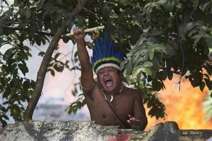 Indians, police clash in Rio over world cup preparations