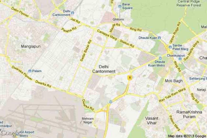 Delhi: Businessman's security guard shoots a teenager