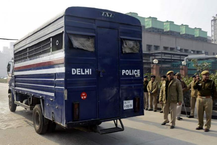Delhi: Woman police officer leads team to nab criminal