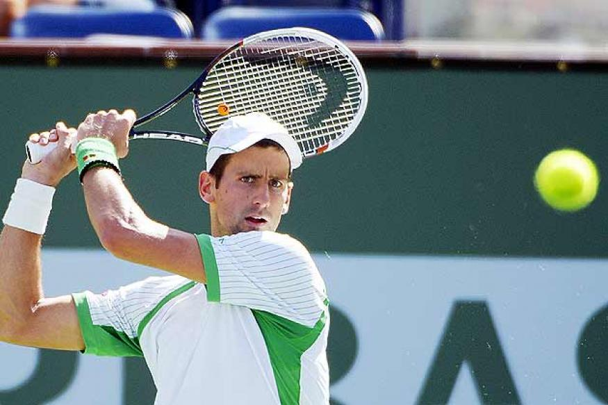 Djokovic races past Rosol into third round in Sony Open