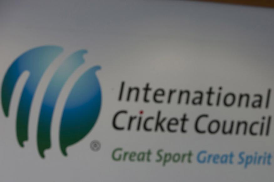 Customs 'detain' Rs 20 lakh trophy from ICC official