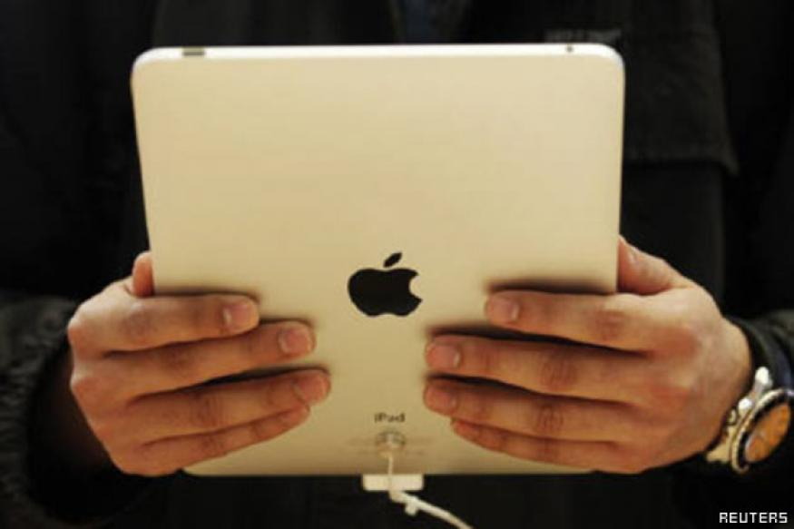 Apple's iPads to fall behind Android tablets in 2013: Report
