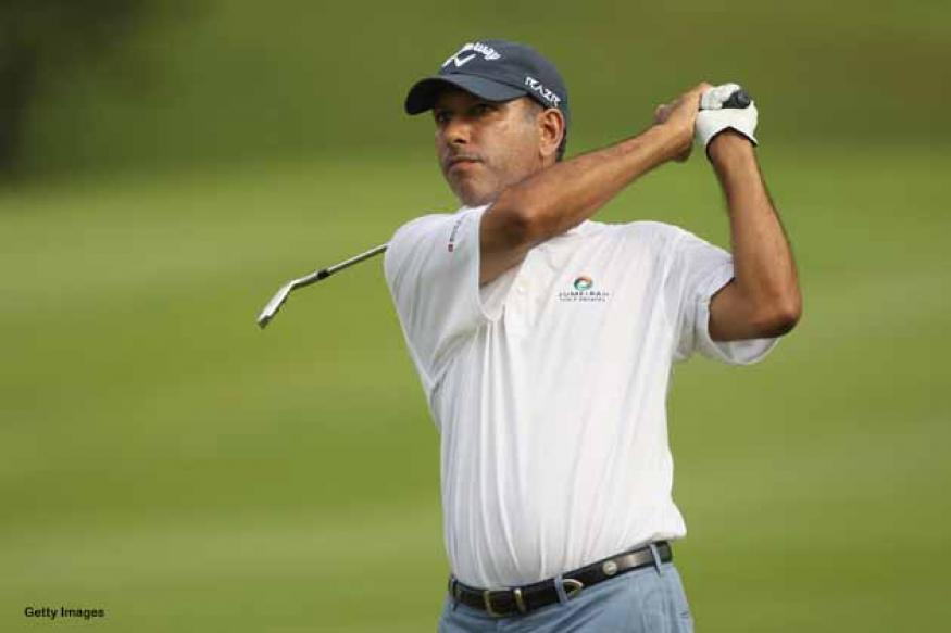 Outside chance for Jeev, lies three behind leader in Malaysia