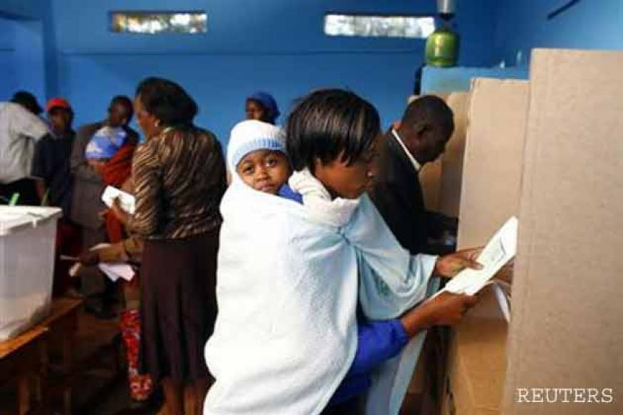 Kenyan election heads to nail-biting finish