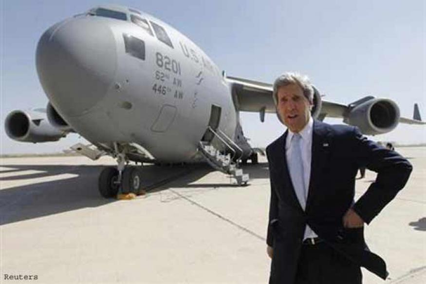 Top US diplomat Kerry asks Iraq to stop arms to Syria