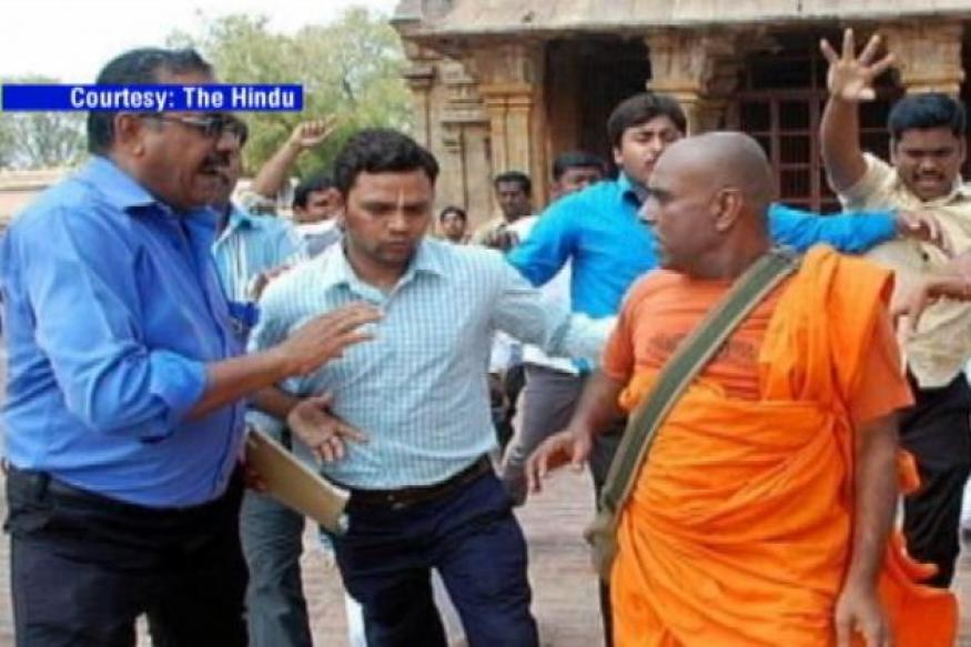 Protests in Colombo over attacks on Lankan monks in TN