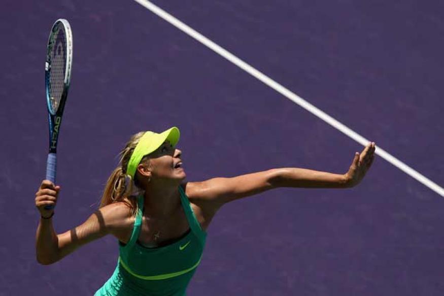 Maria Sharapova eases into fourth round at Miami