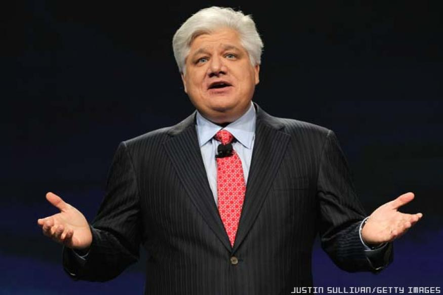 Mike Lazaridis was asked to reconsider his resignation as RIM co-CEO