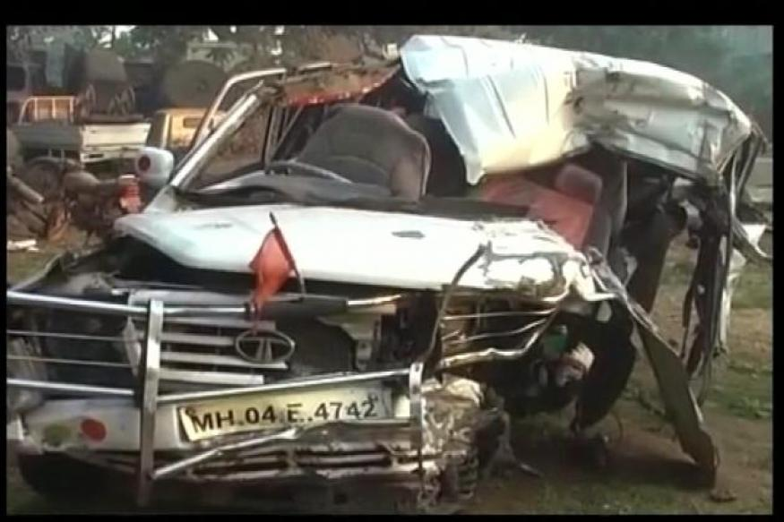 Jeep overturns near Mumbai-Pune Expressway, 7 dead