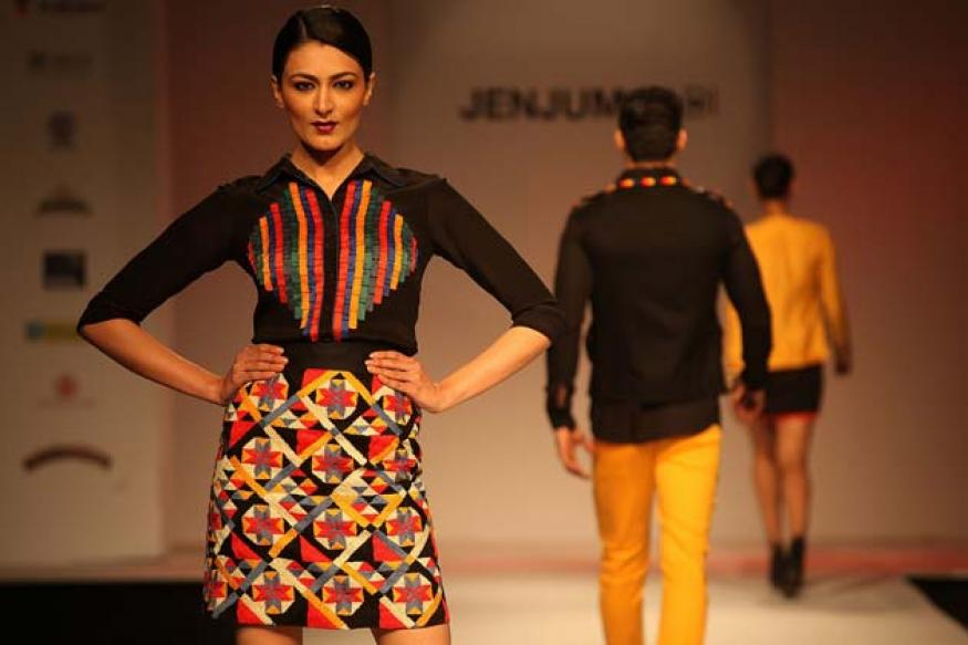 Snapshot: Soha walks the ramp at North East Fashion Fest