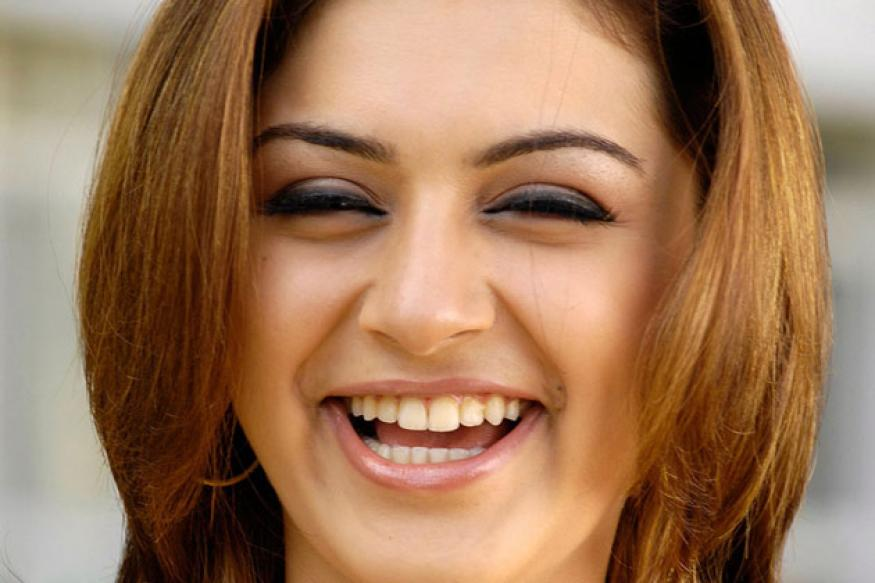 Hansika to play a school girl in her next film