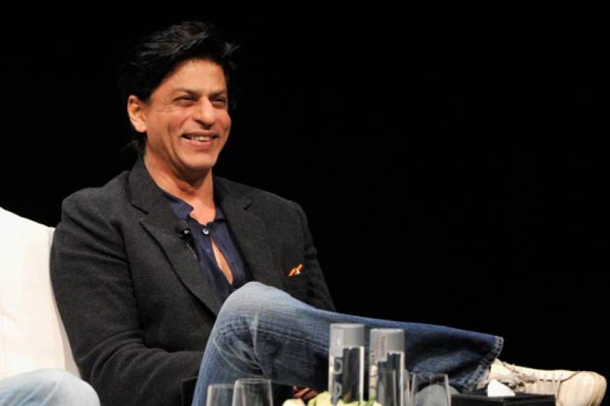 SRK wants actress' name to appear first on film credit rolls
