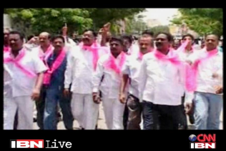 Pro-Telangana parties to hold protest on Thursday