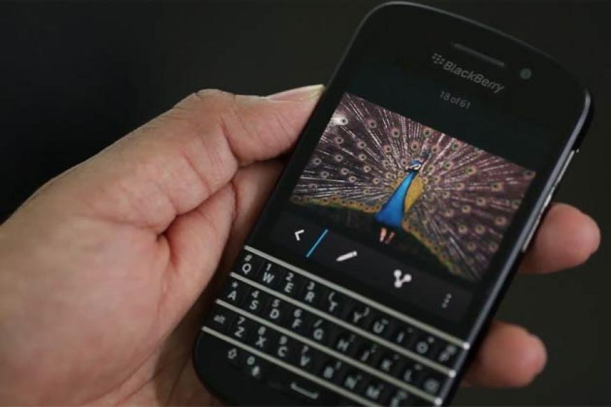 BlackBerry Q10 review: Likely to attract BlackBerry faithful