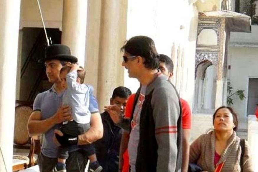 Aamir Khan is busy learning Bhojpuri for 'Peekay'
