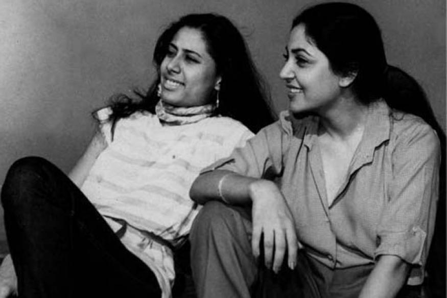 Snapshot: Rare photo of Smita Patil and Deepti Naval hanging out together
