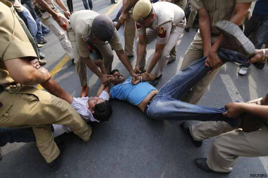 Delhi minor rape: Fast track enquiry against erring officers