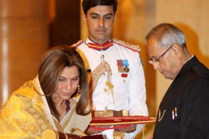 Snapshot: Dimple Kapadia receives Padma Bhushan on behalf of late Rajesh Khanna