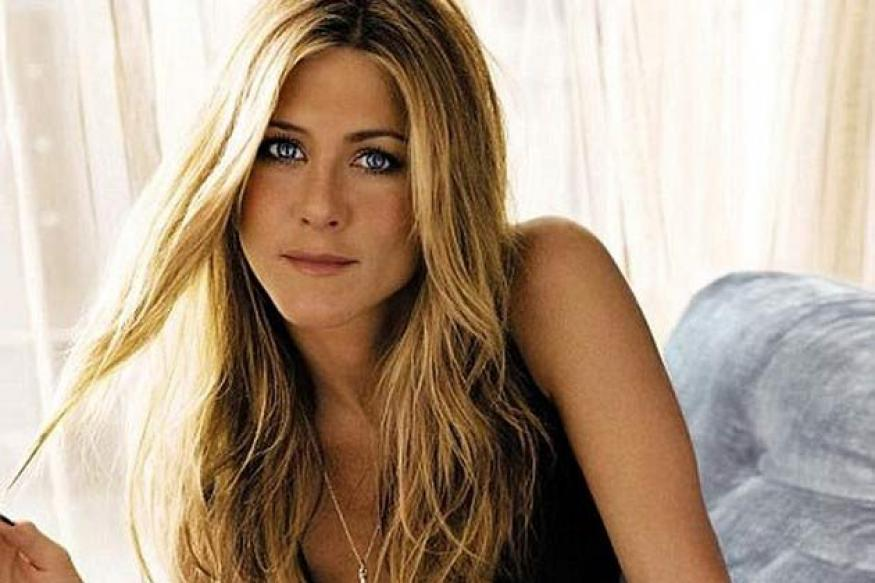 Jennifer Aniston reveals bizarre cupping marks at film's premiere