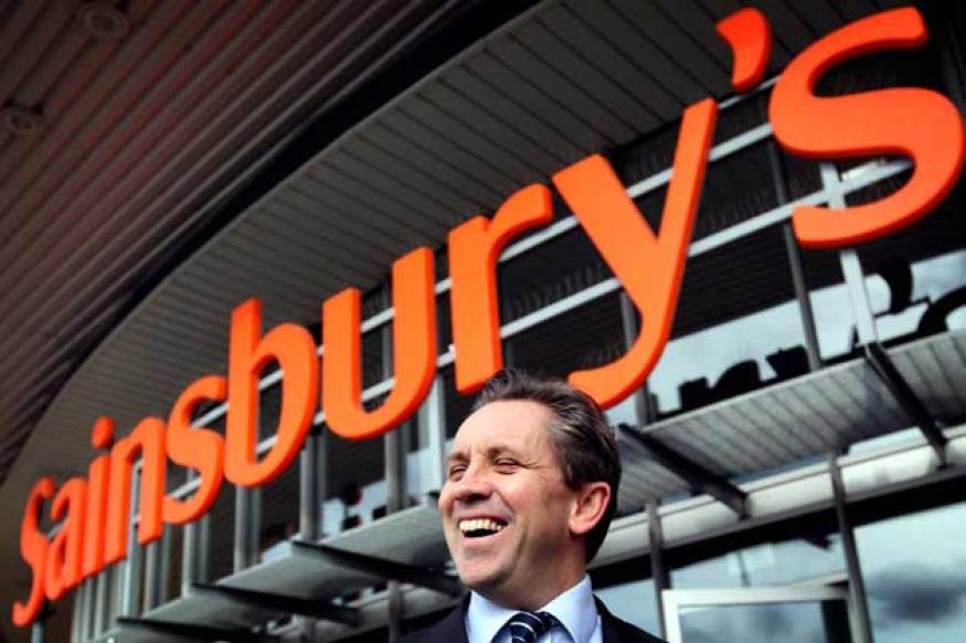 Sainsbury's boss to replace Ecclestone as F1 chief?