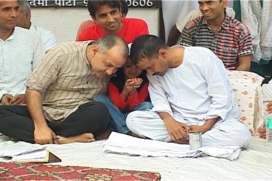 Kejriwal's fast a crucial rite of passage: Yogendra Yadav