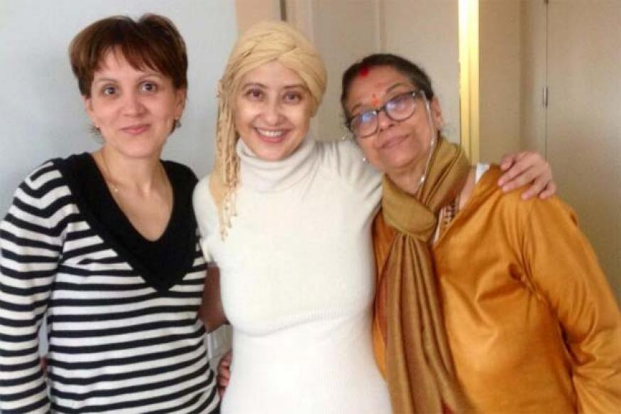 Snapshot: Bald Manisha Koirala, fighting cancer, tweets happy photos