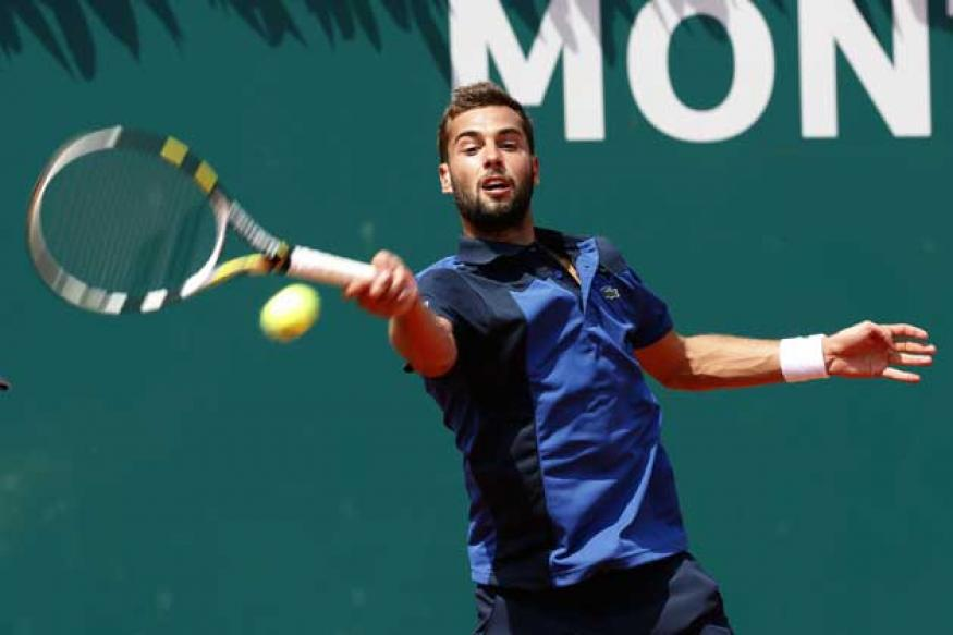 First-round byes for top 3 in Portugal, Paire advances