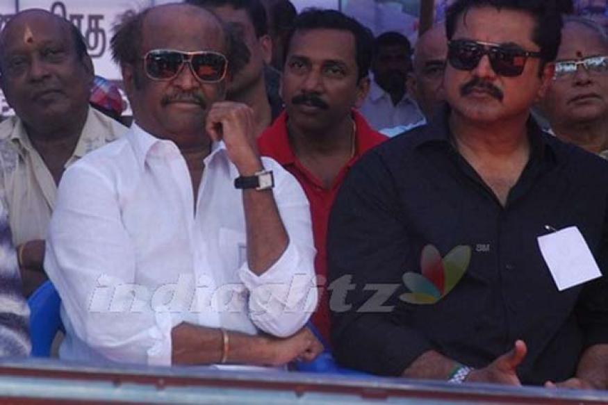 Rajinikanth, Kamal join fast to support Sri Lankan Tamils