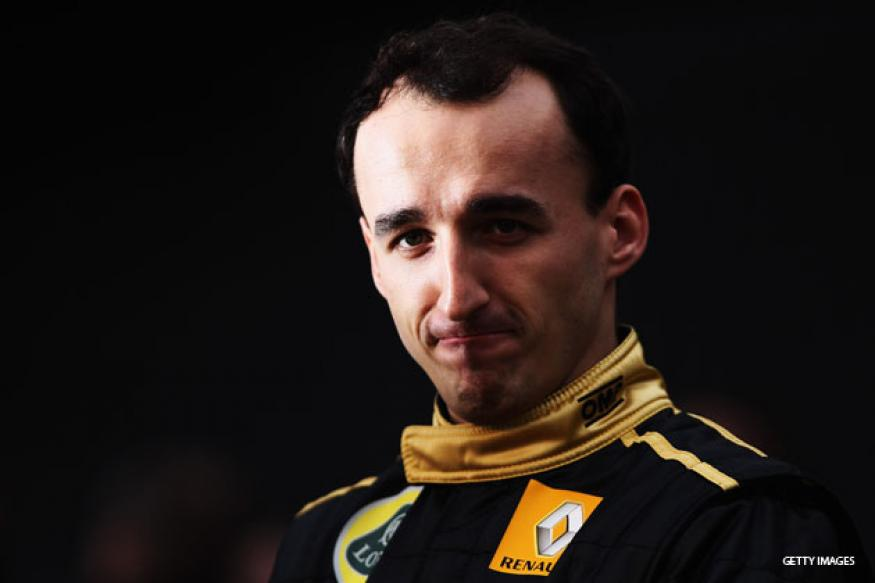 Fit-again Kubica tries out in Mercedes F1 simulator