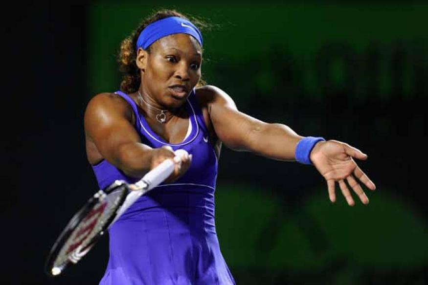 Serena Williams beats Johanna Larsson in Fed Cup