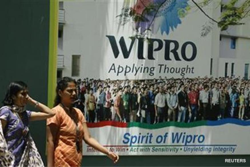 Wipro slumps after projecting weak forecast