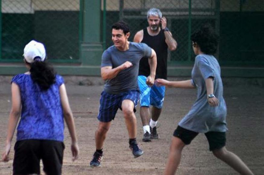Snapshot: Aamir Khan spotted playing football with family members