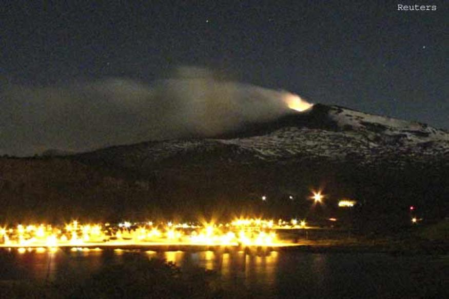 Chile order evacuation around stirring southern volcano