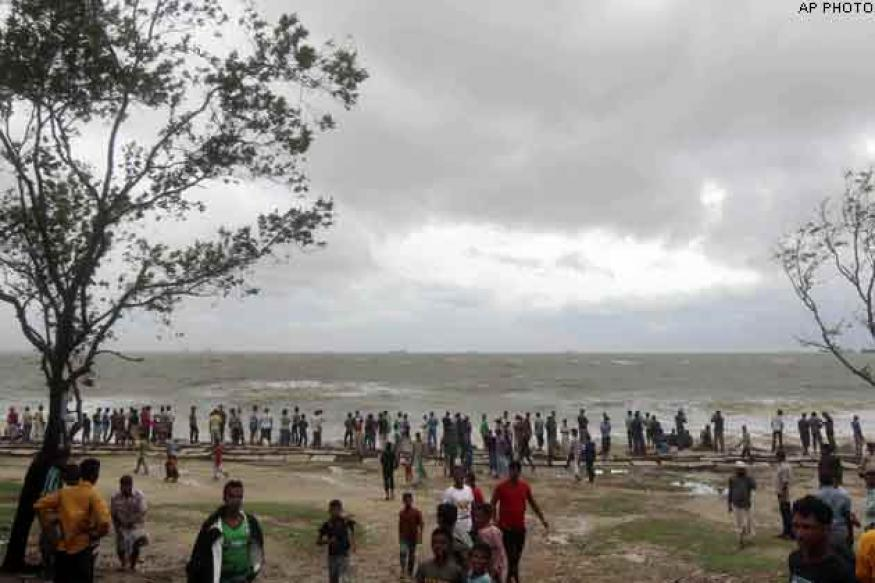 Cyclonic storm Mahasen kills 14 in Bangladesh