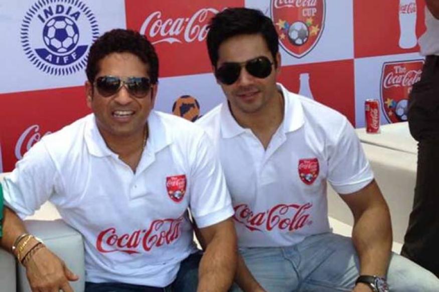 Snapshot: Varun Dhawan meets his idol Sachin Tendulkar