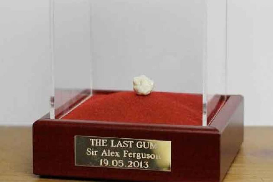 Alex Ferguson's last chewed gum sold for 390,000 pounds on Ebay